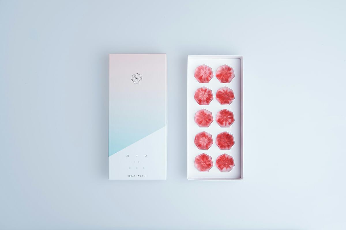 日本包装设计:老字号糕点包装设计