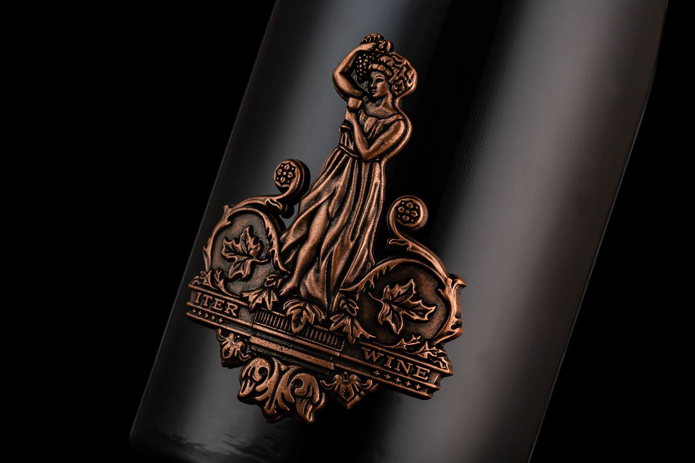 国际包装设计分享|葡萄女神酒包装设计欣赏